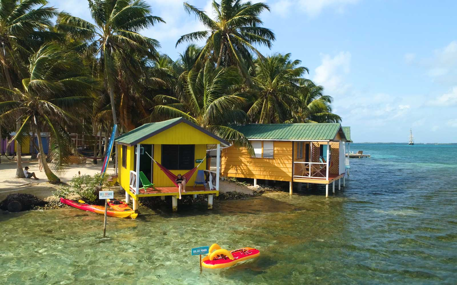 This Overwater Bungalow in Belize Is the Coworking Space of Our Dreams