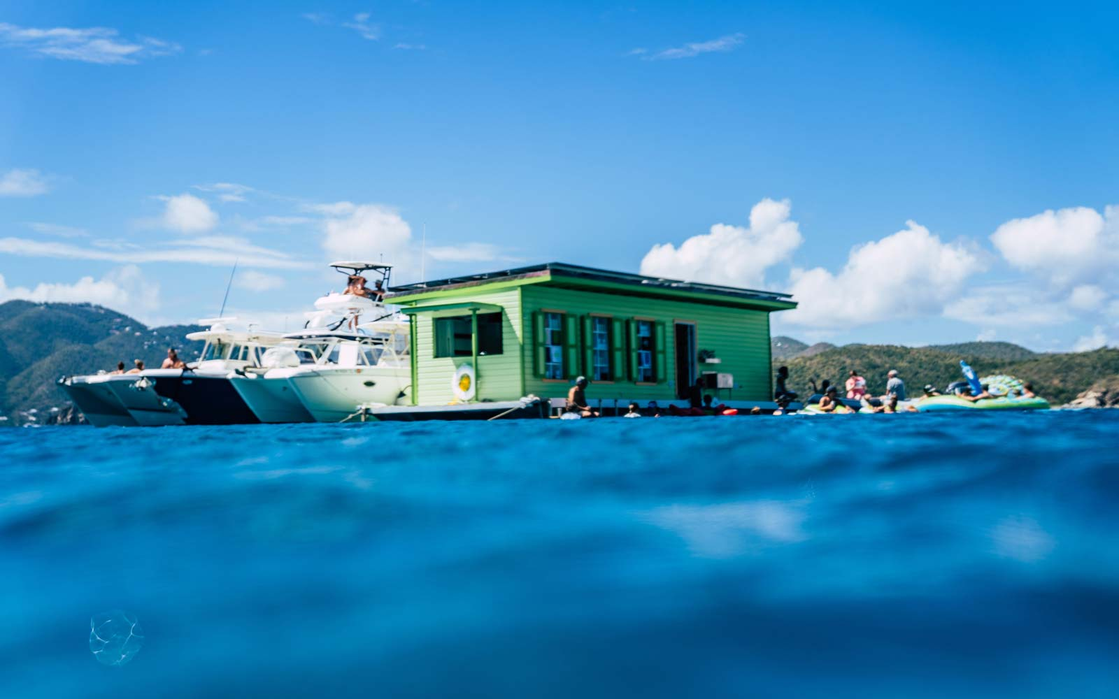 The Caribbean's First Floating Taco and Cocktail Bar Is Now Open