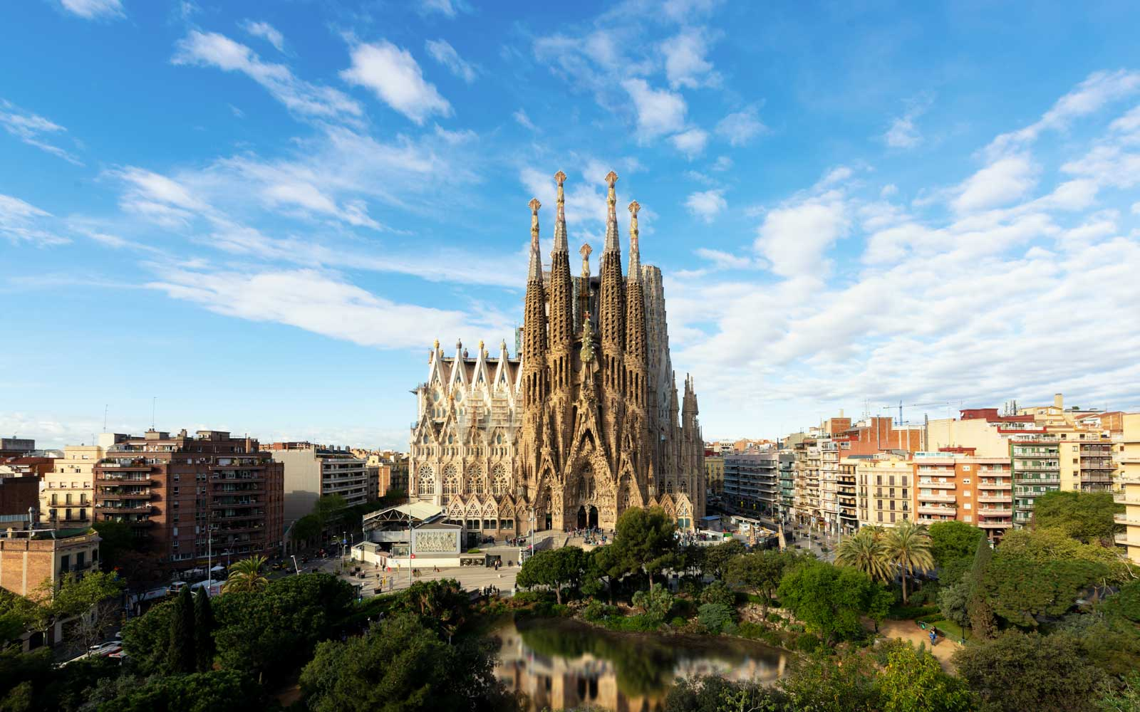 Fly From the U.S. to Barcelona and Madrid This Fall Starting at $260 Round-trip
