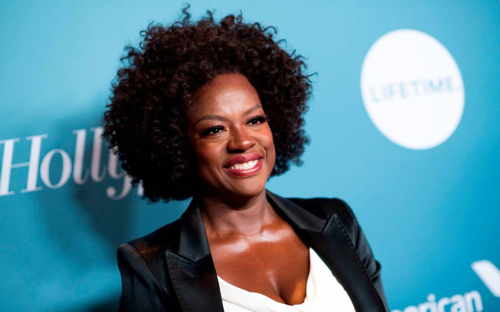 Viola Davis Went Skydiving in Hawaii in 'Exercise in Letting Go' and 'Tackling' Fears