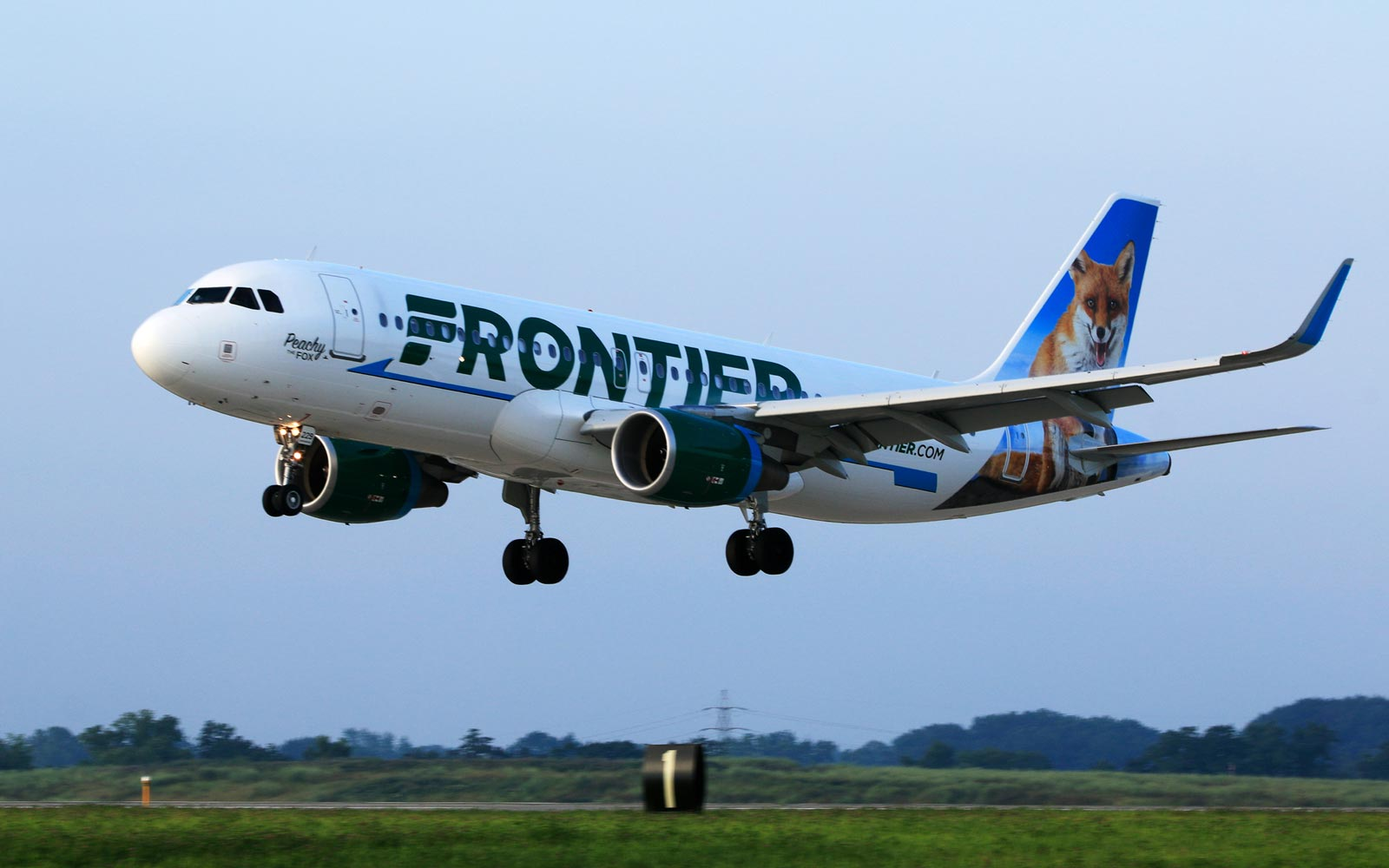 Frontier Is Having a Spring Sale With Flights Starting at $20
