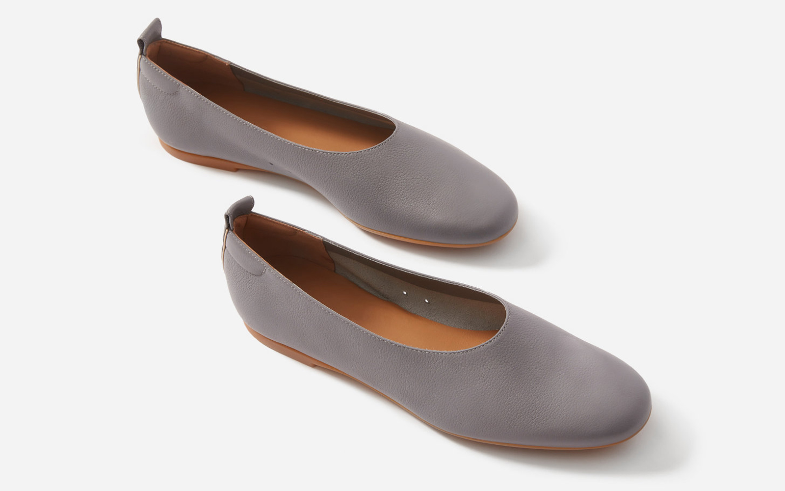 ebd685743f9 Everlane's Best-selling Comfy Flats Now Come in 3 Gorgeous New ...