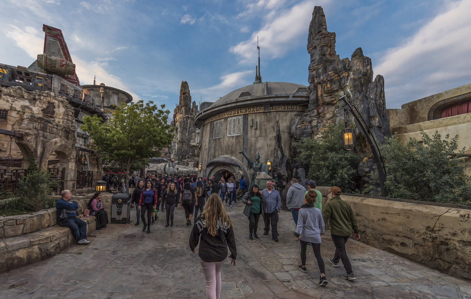 Star Wars land opens at Disneyland