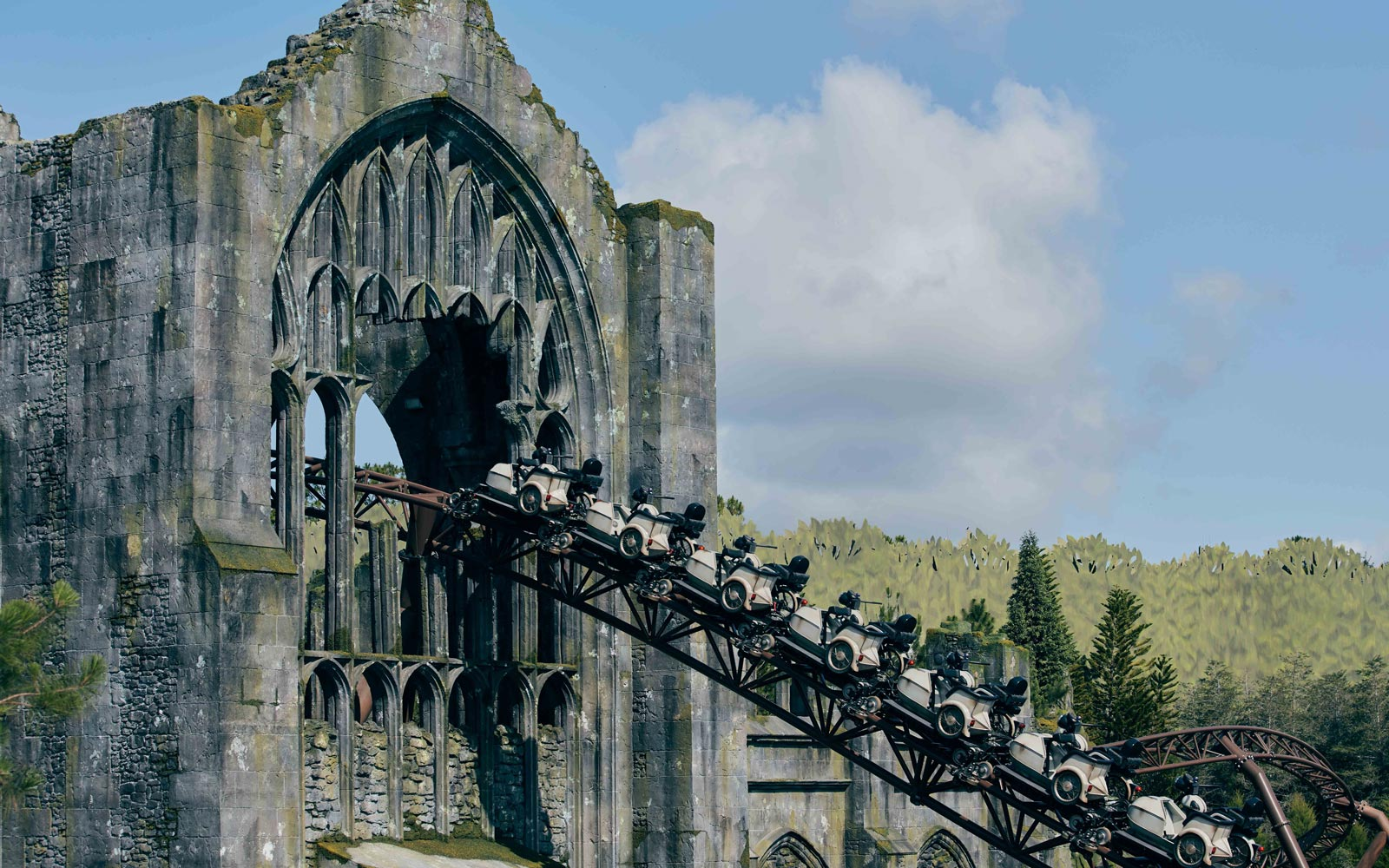 This Video Will Show You What It'll Be Like to Ride on Hagrid's Magical Creatures Motorbike Adventure