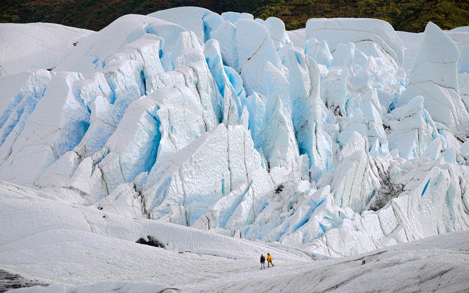 How to See Alaska's Beautiful Glaciers Before It's Too Late