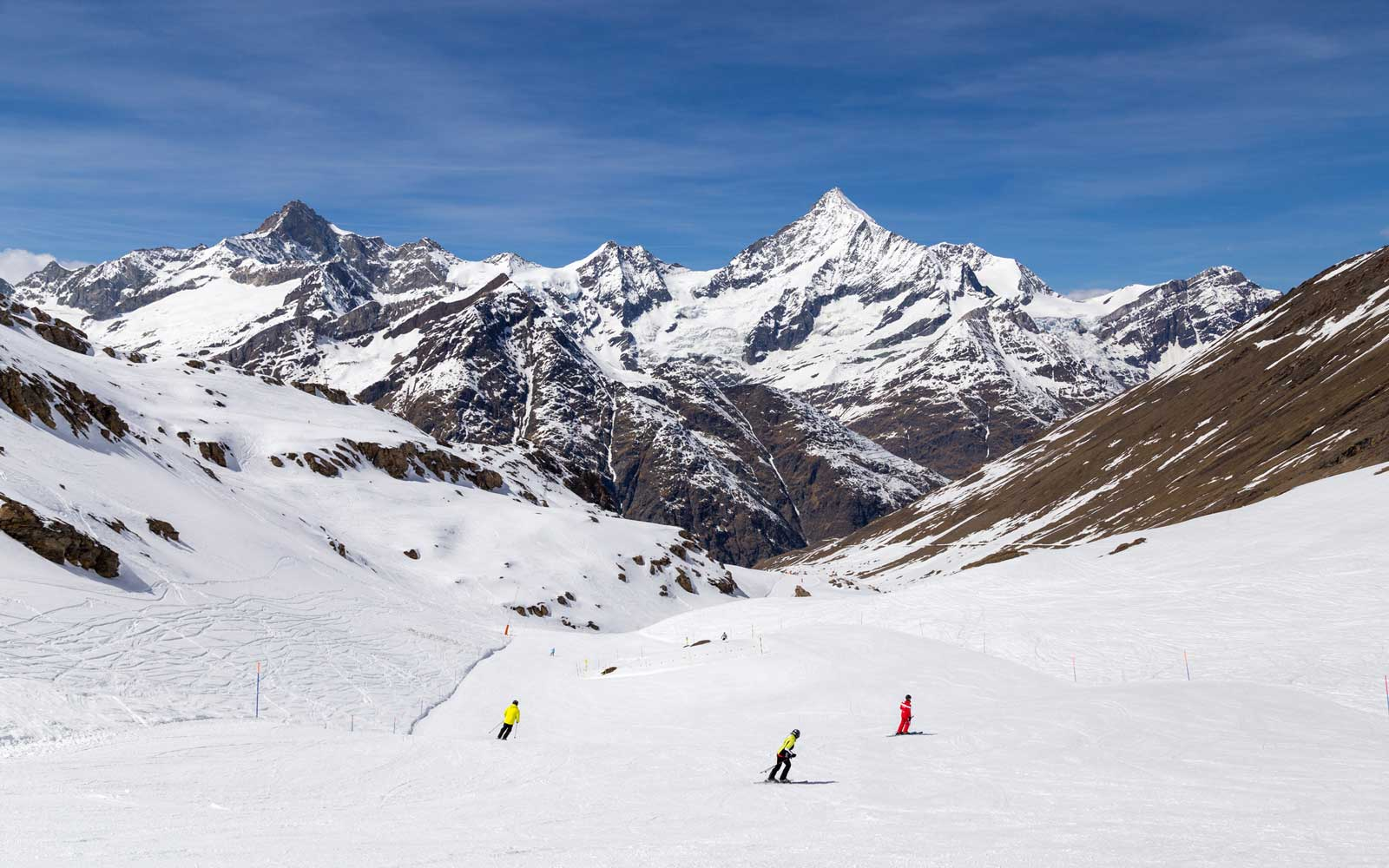 This Pass Lets You Ski at More Than 1,000 Resorts in Europe for an Amazing Price