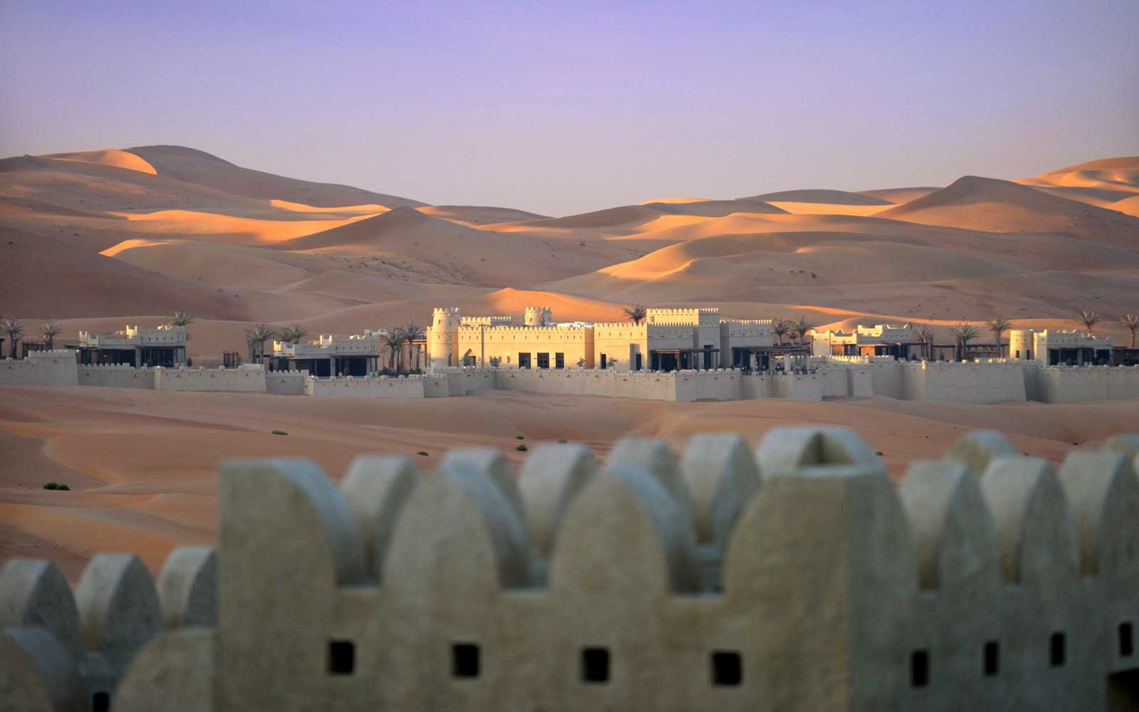 Wake up Surrounded by 1,000-foot-high Sand Dunes at This Secluded Luxury Desert Hotel