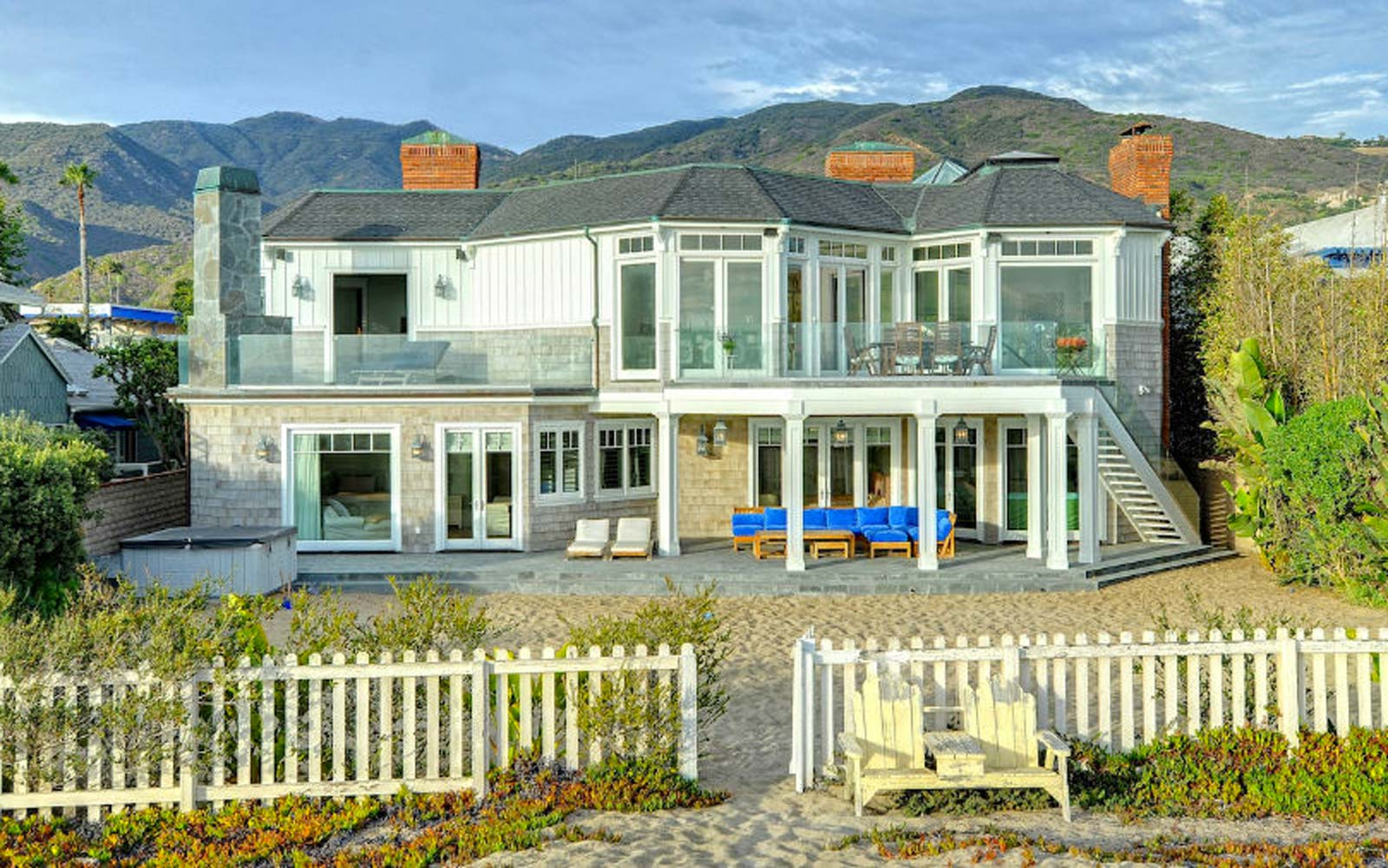 You Can Rent Reese Witherspoon's Beach House From 'Big Little Lies'