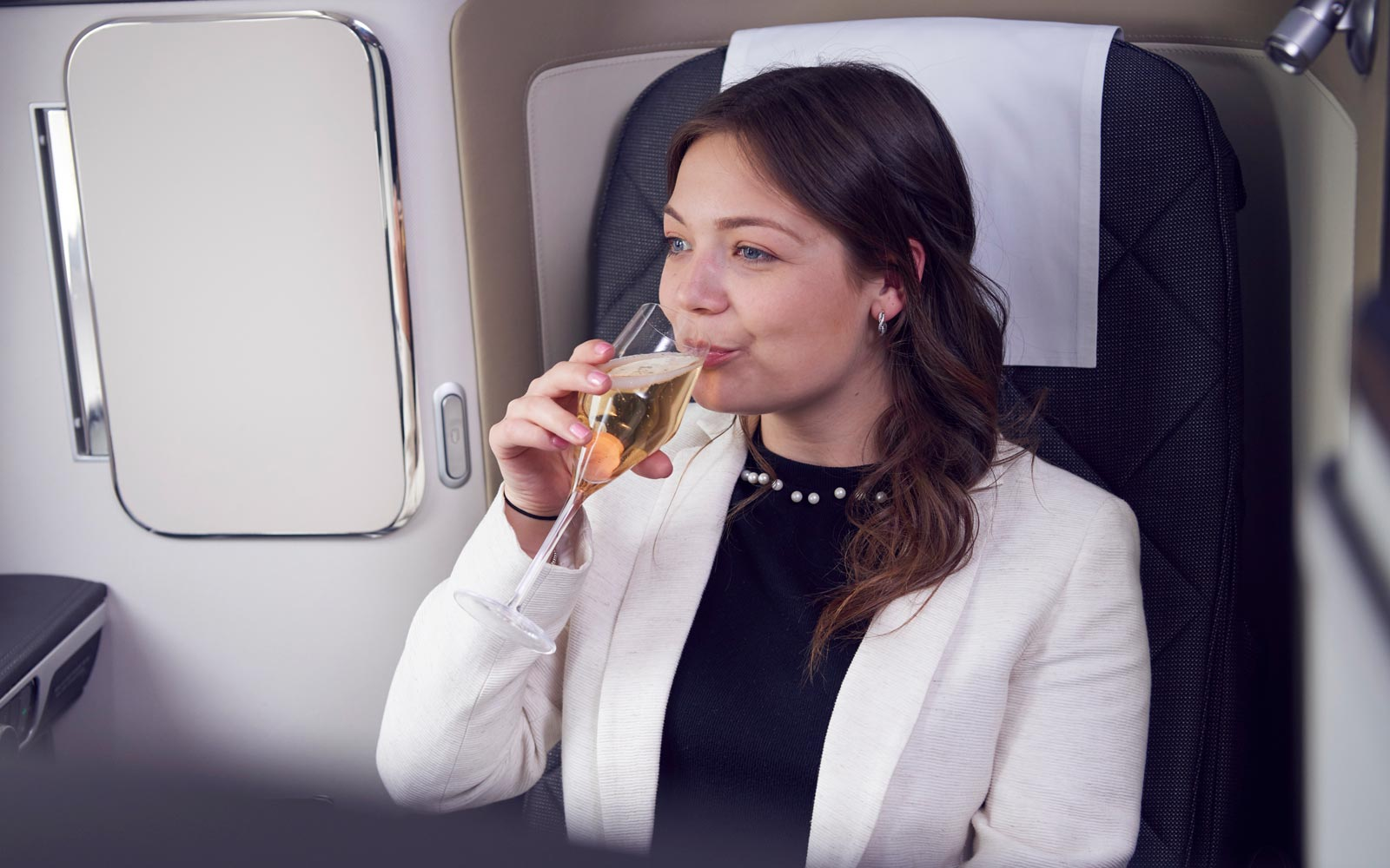 British Airways Unveils Its Own English Sparkling Wine