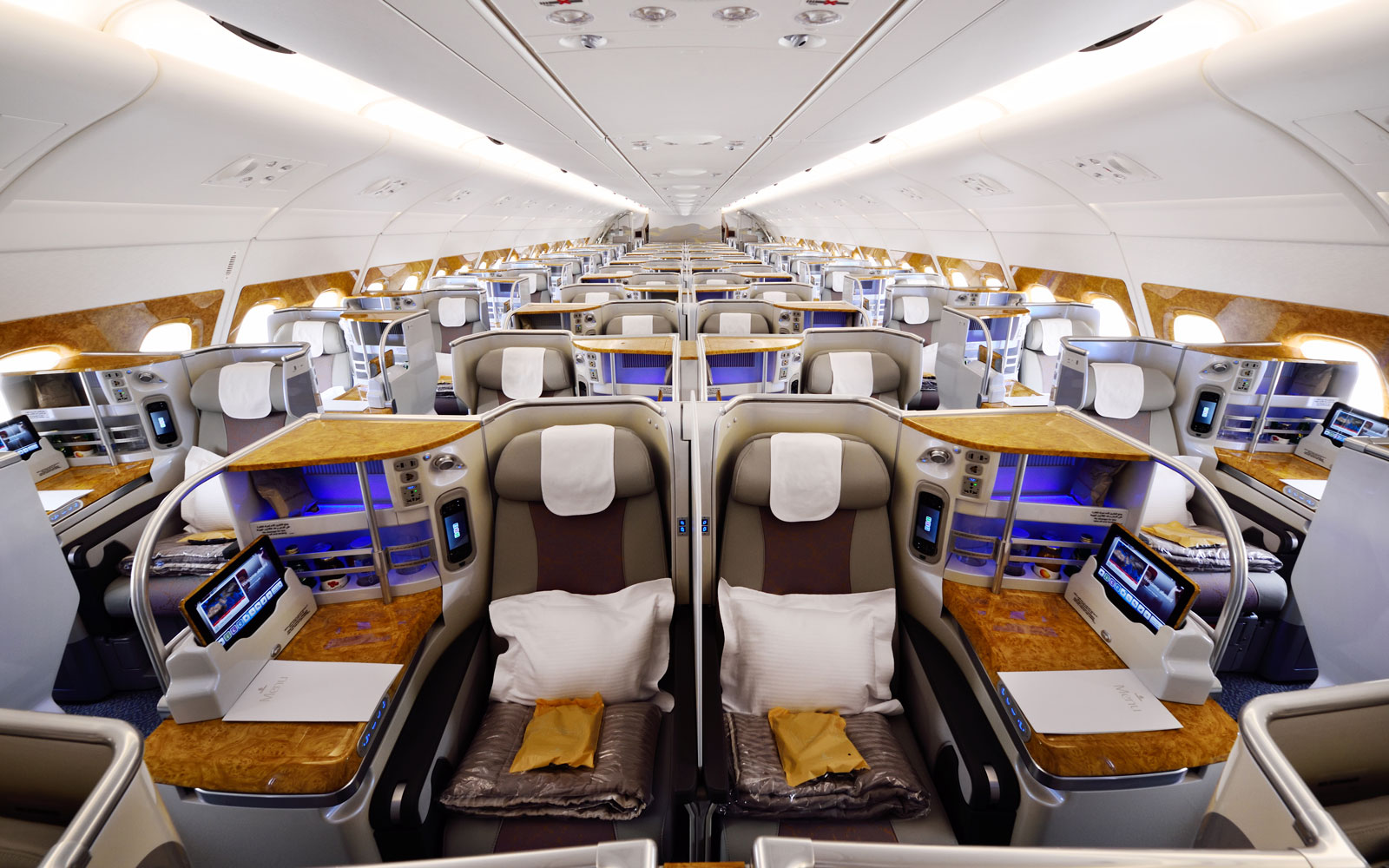 Emirates Becomes First Airline to Offer More Affordable 'Basic' Business Class Fares
