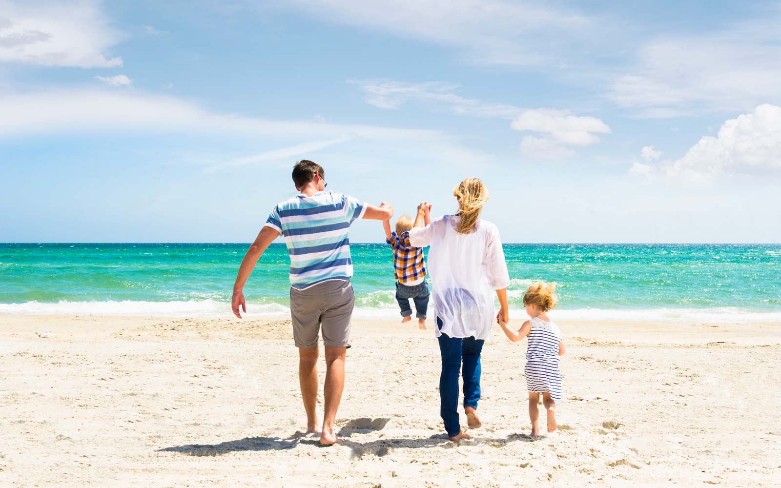 Turn Bickering Into Bonding by Following These Expert Tips on Your Next Family Vacation
