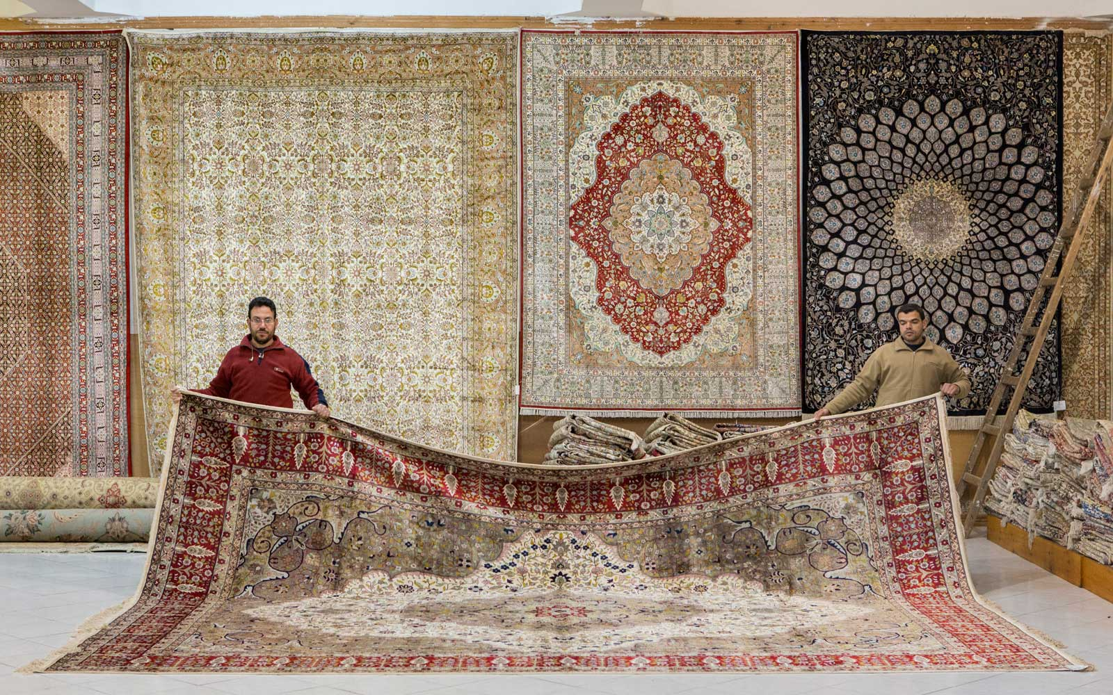 Rug makers in Egypt