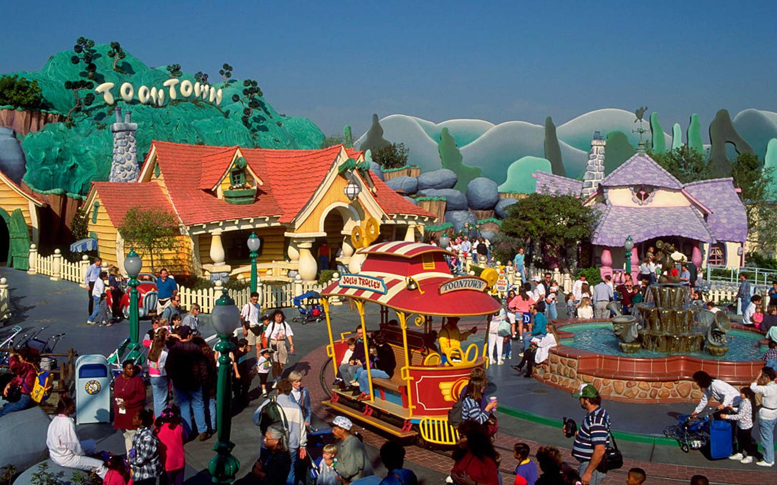 Police Investigating After a Family Brawl Breaks Out in Disneyland's Toontown