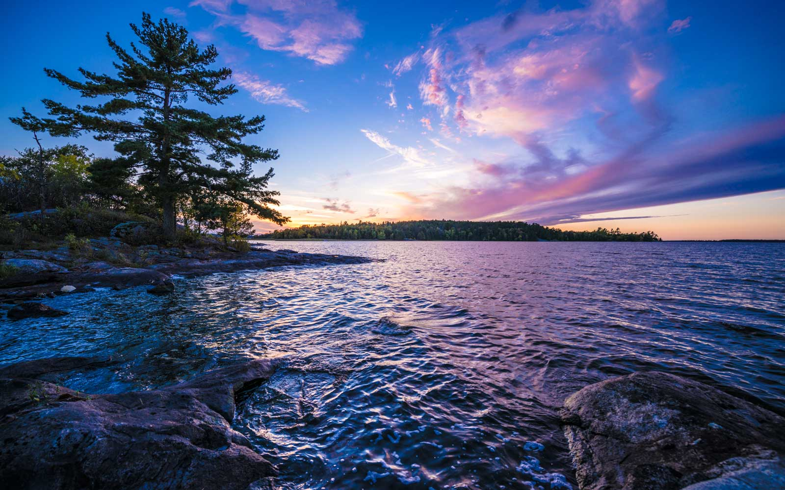With more than 500 islands and 655 miles of undeveloped shoreline, Voyageurs National Park is a paradise for water lovers.