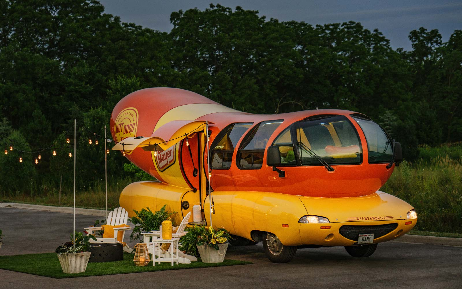 You Can Rent the Oscar Mayer Wienermobile on Airbnb This Summer — and It Comes With Hot Dogs
