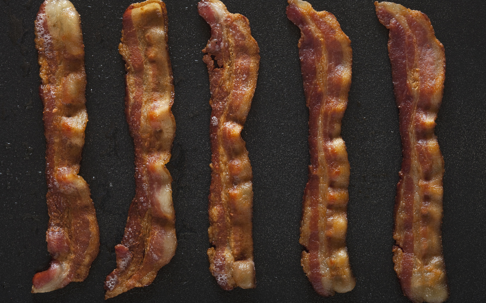 This West Coast Restaurant Will Pay You $1,000 to Eat Their Bacon for a Day