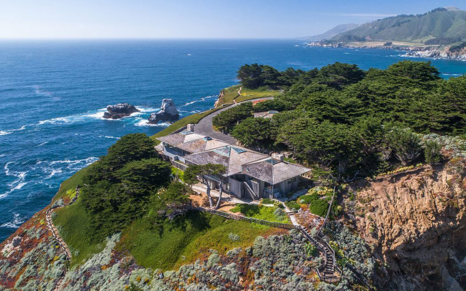 This California Dream House Has the Most Iconic View of Big Sur — and It's for Sale