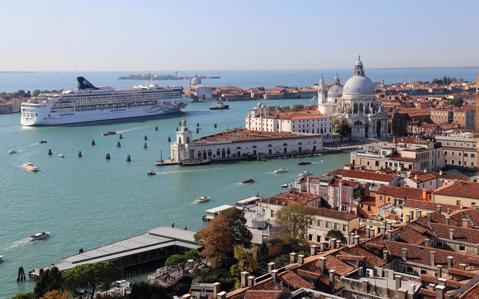 What Travelers Need to Know About Venice's New Cruise Ship Regulations