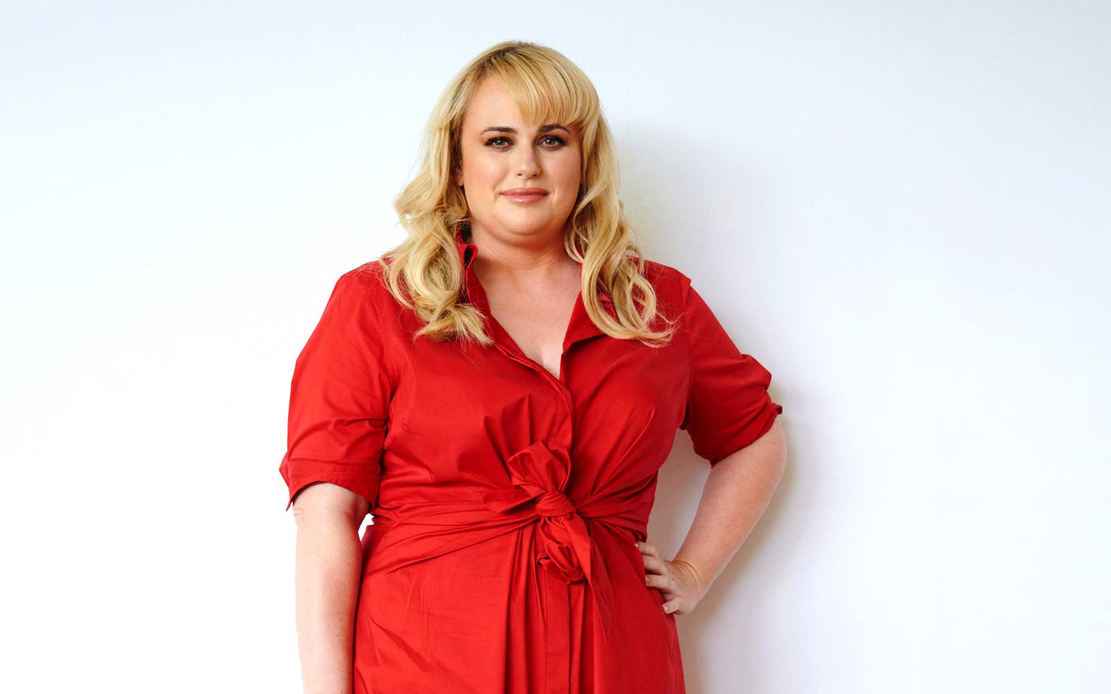 The Travel Hack Rebel Wilson Stole From 'Cats' Costar Taylor Swift