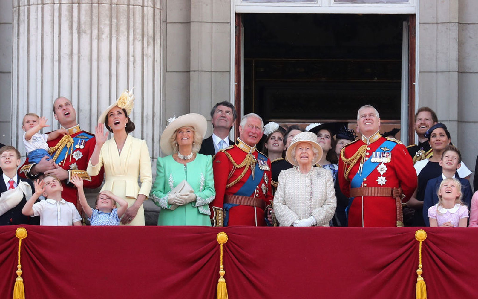 The Royal Family Has a WhatsApp Group Chat They Use to 'Set Up Get-togethers' Over the Summer