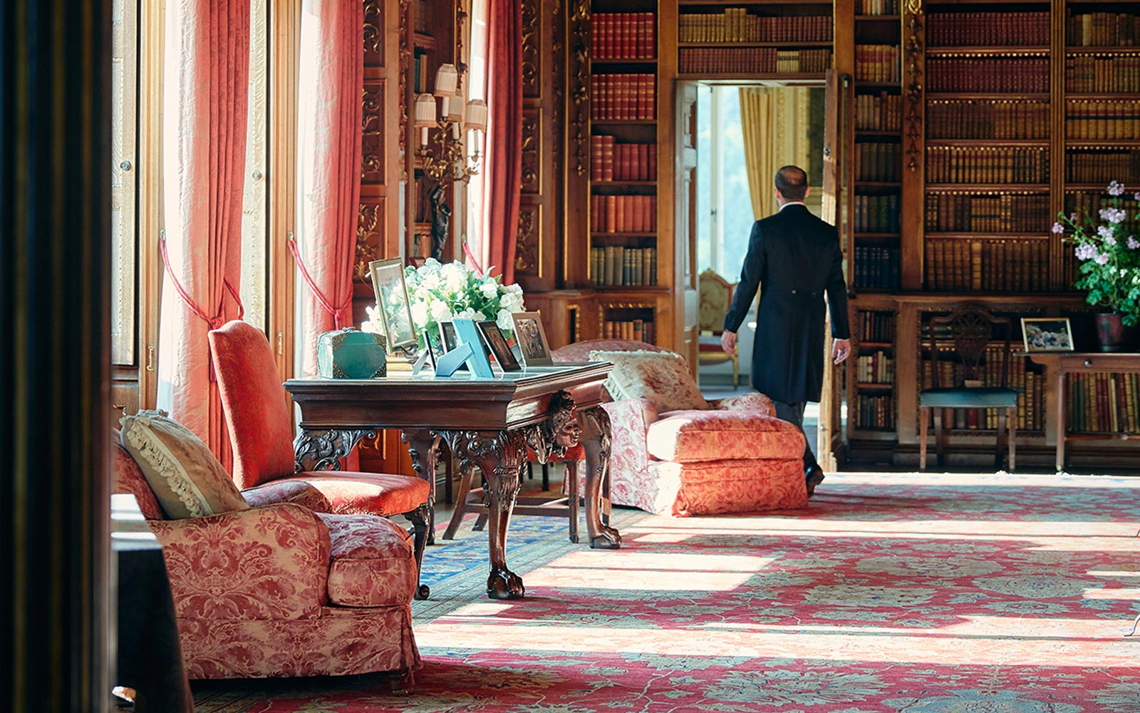 Airbnb Is Sending 2 People on a Glamorous Stay at the Real Downton Abbey