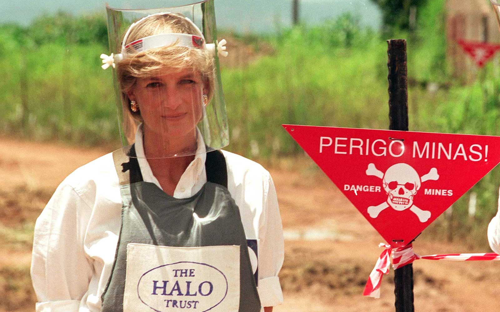 Princess Diana in Angola 1997