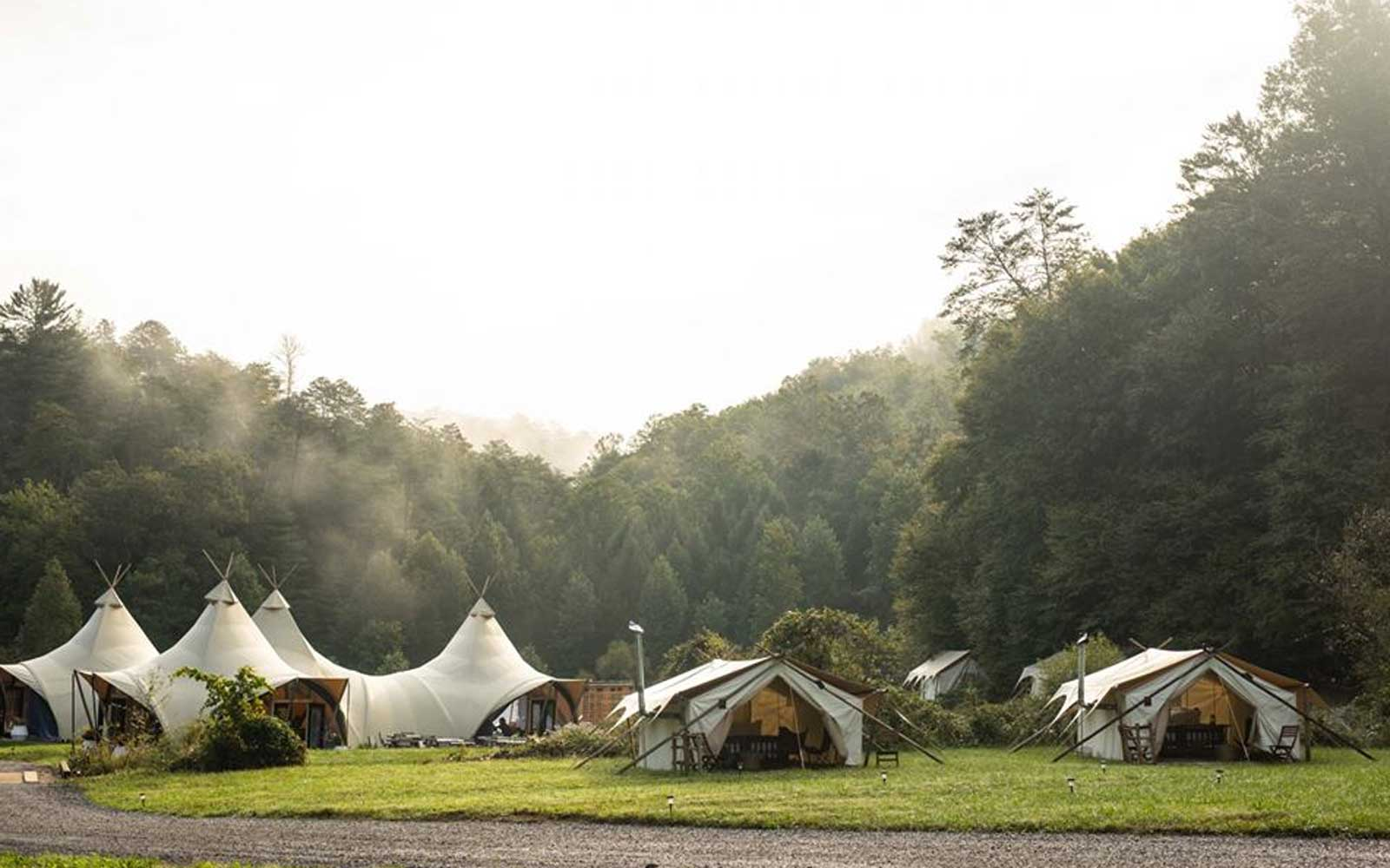 This New Smoky Mountain Glampsite Will Have You Booking a Fall Trip Now