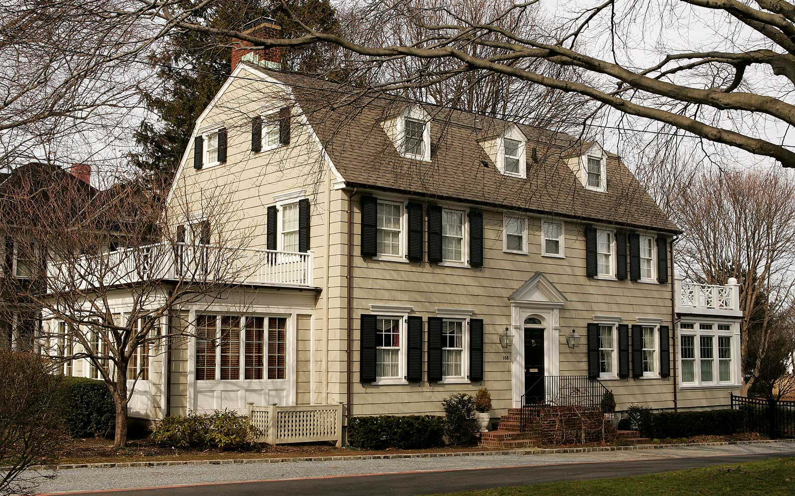 The Amityville Horror house rich history and beauty are overshadowed by the story of George and Kathy Lutz, the previous residents of 112 Ocean Avenue, who claimed that shortly after moving into the house they fled in terror driven out by paranormal activ