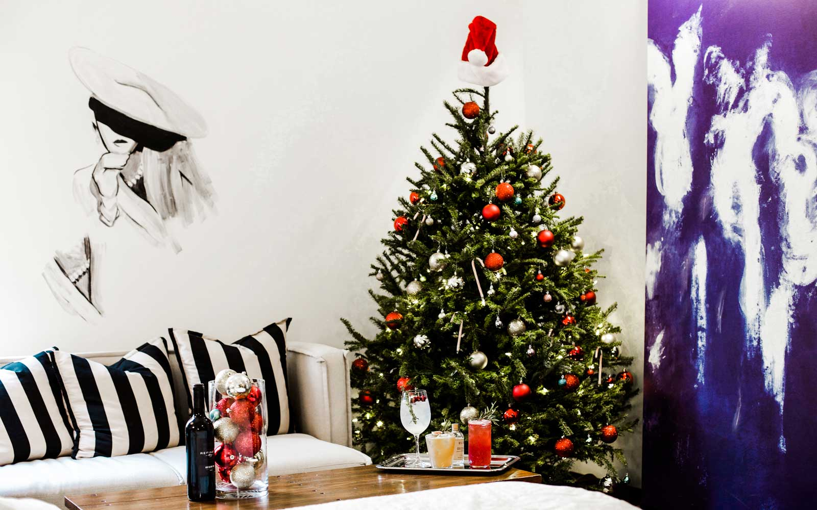 This Nyc Hotel Will Put A Christmas Tree In Your Room And