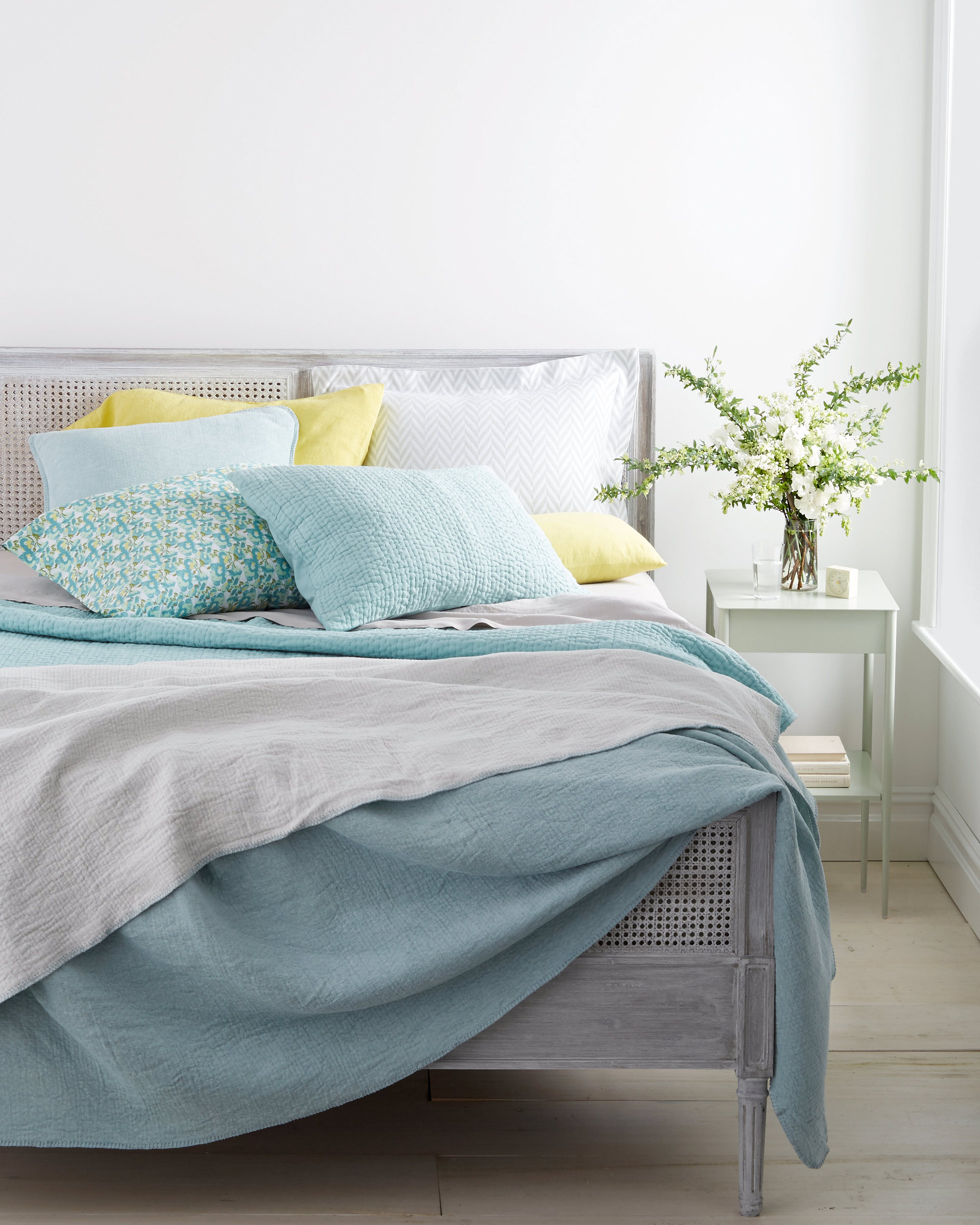 The Ultimate Guide To Washing Pillows Blankets And Down