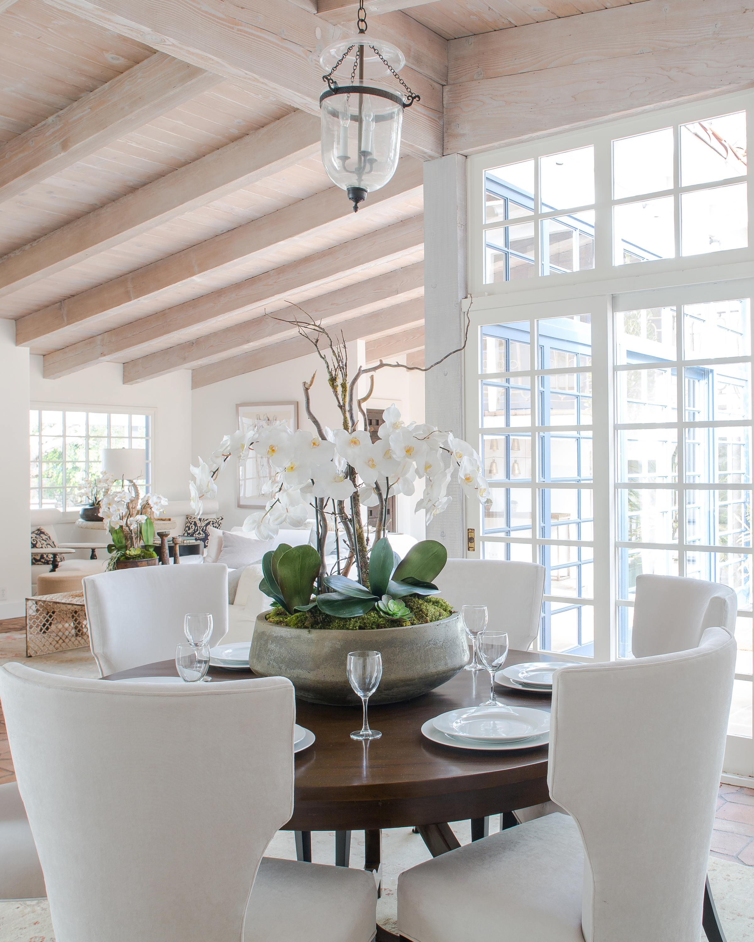 Feast Your Eyes Gorgeous Dining Room Decorating Ideas