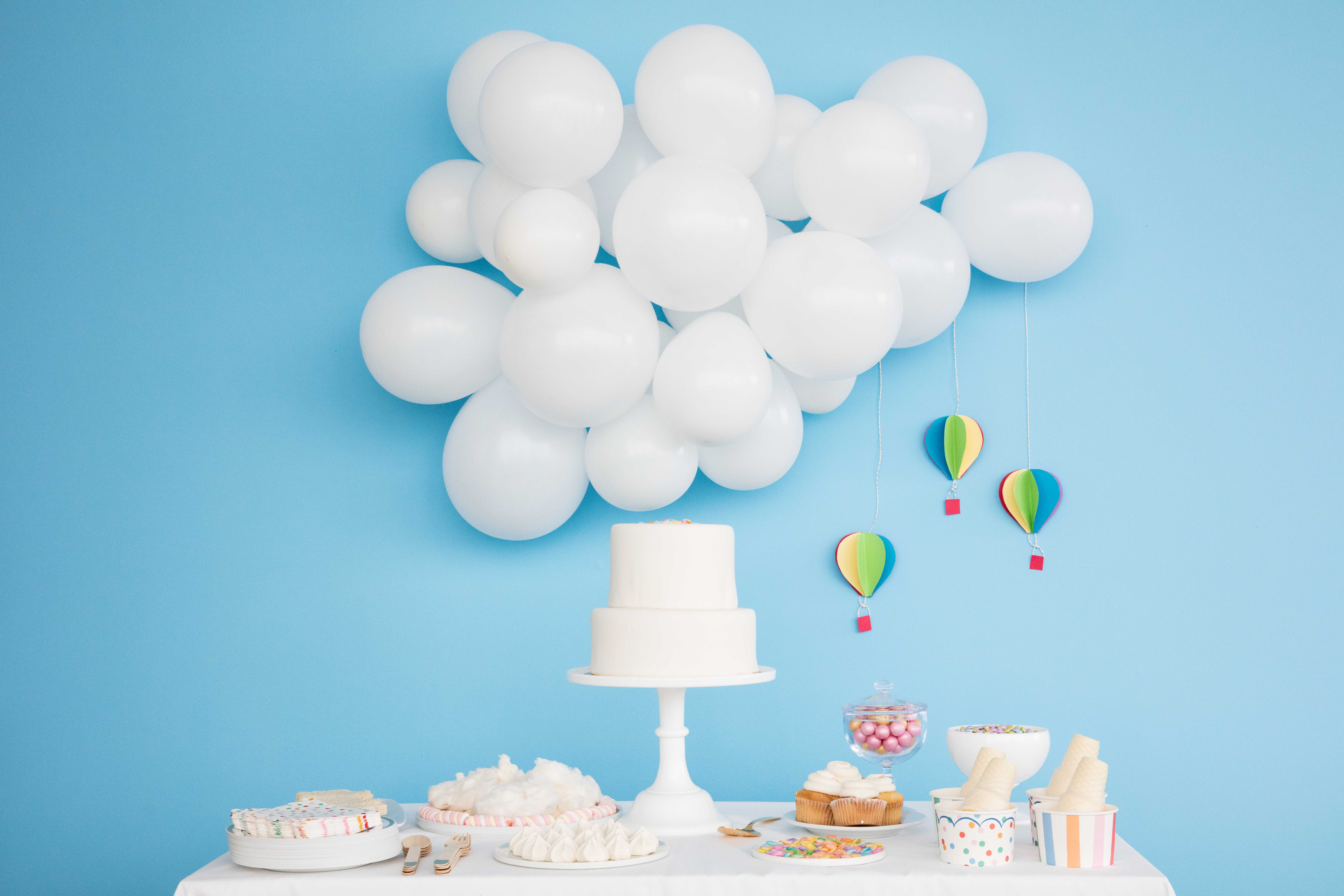 21 Balloon Ideas That'll Give Your Next Party Extra Pop ...