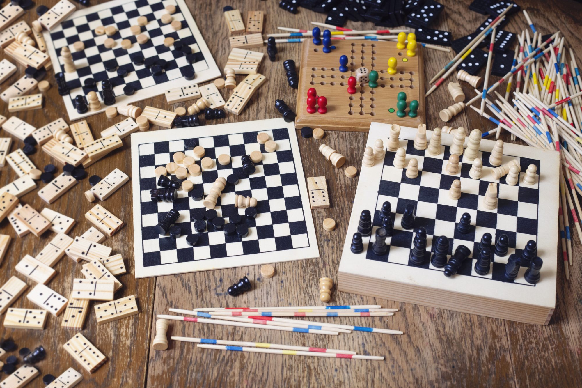 Science Says Playing Cards and Board Games Can Help Keep Your Memory Sharp as You Age