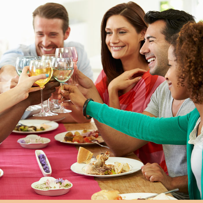 new-years-resolutions-dinner-parties-700