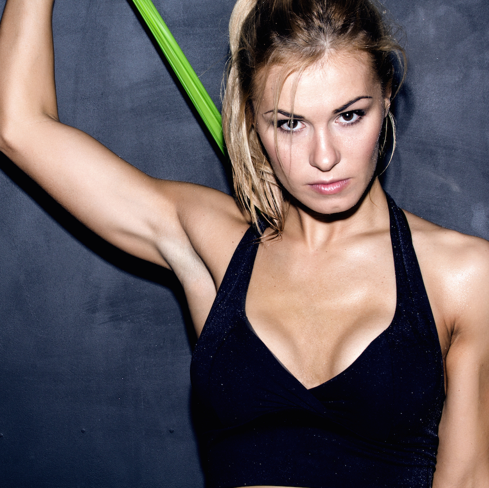 5 Amazingly Effective Resistance Band Ab Workout Moves