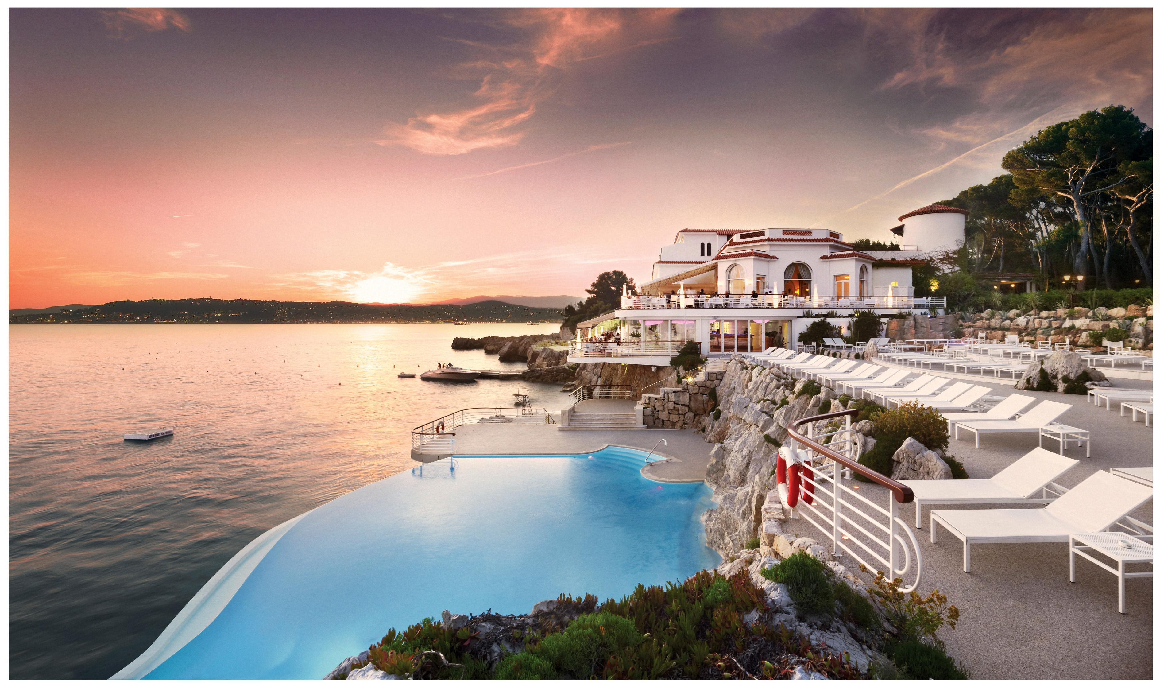 best beach honeymoons hotel du cap eden roc