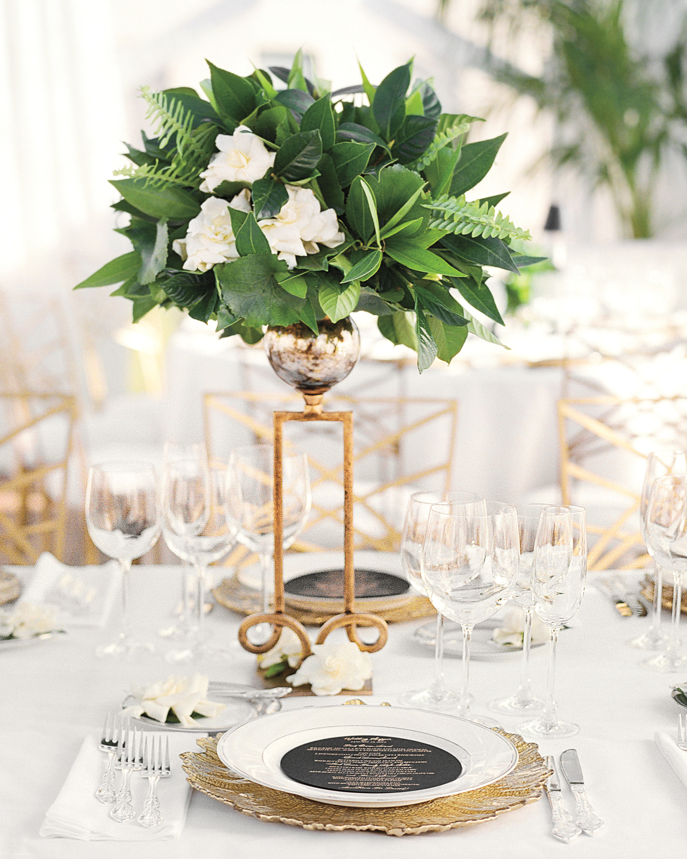 rw-jojo-eric-centerpiece-place-setting-047-elizabeth-messina-ds111226.jpg