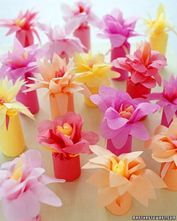 Flower-Wrapped Favors