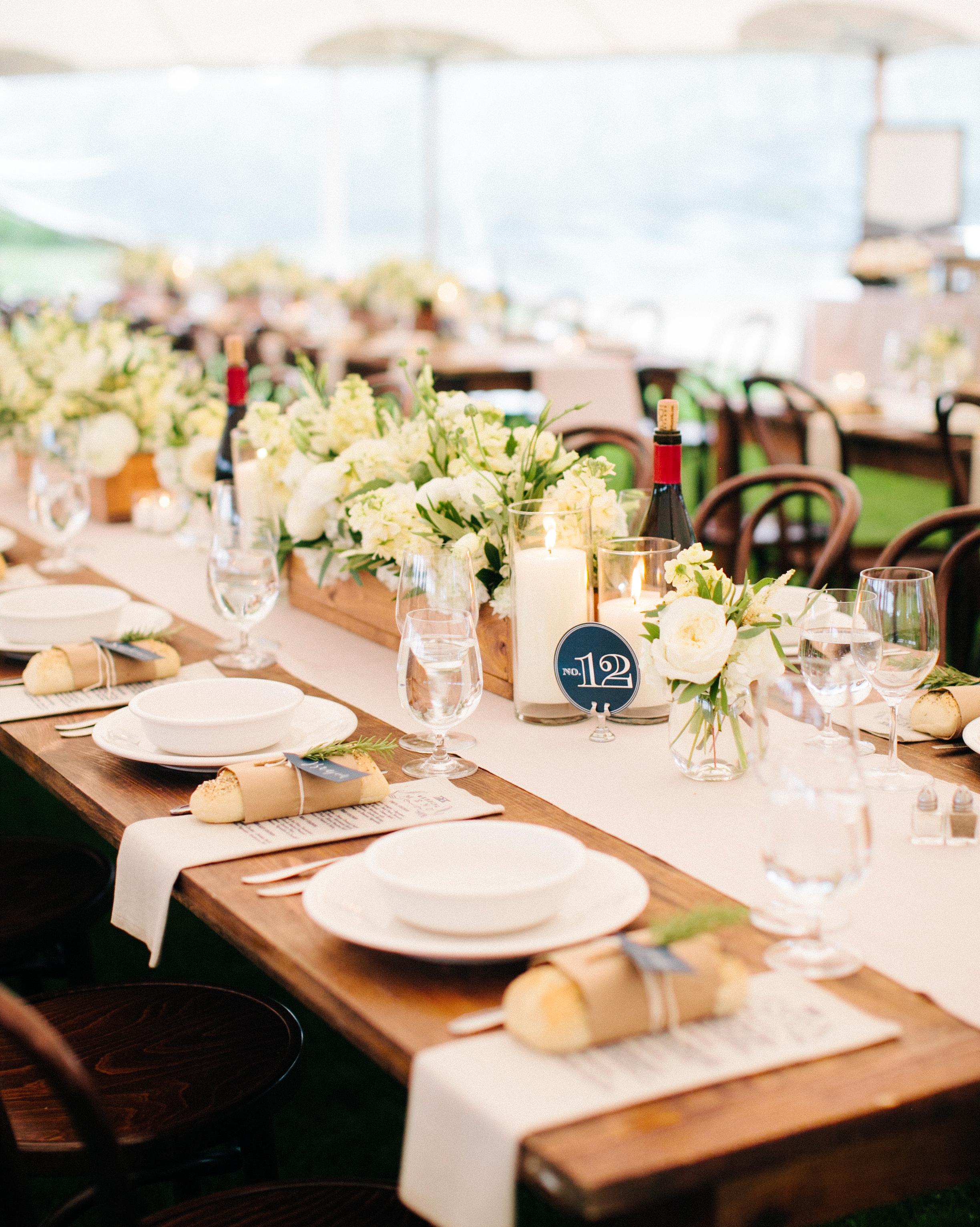 kristen-jonathan-wedding-table-0566-s112193-1015.jpg