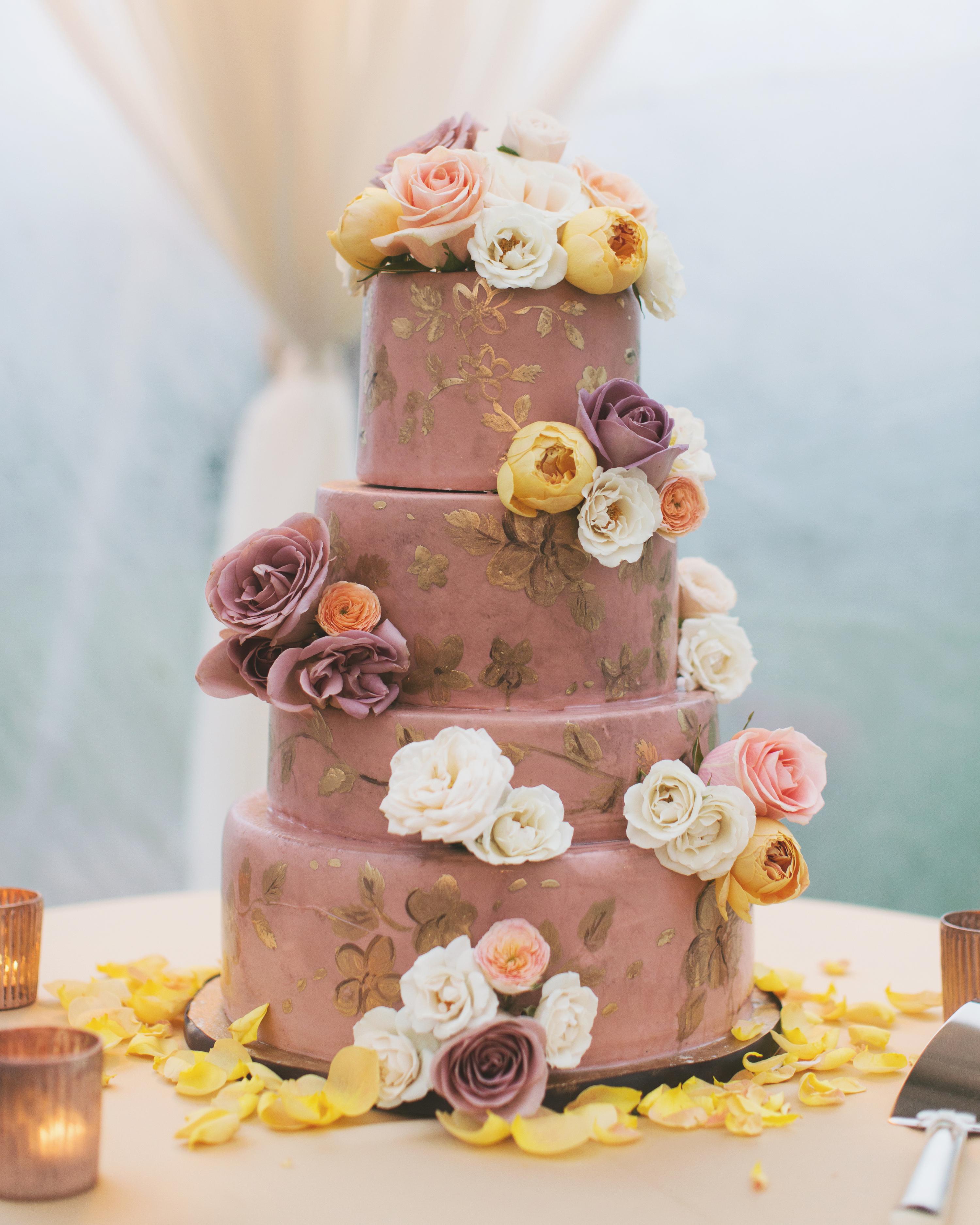 sara-matt-wedding-cake-2939-s111990-0715.jpg