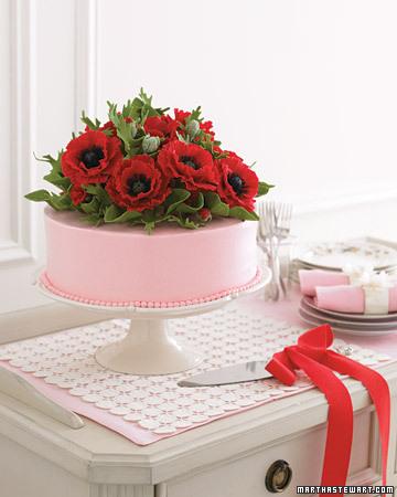 mwd102954_su07_cake2a.jpg