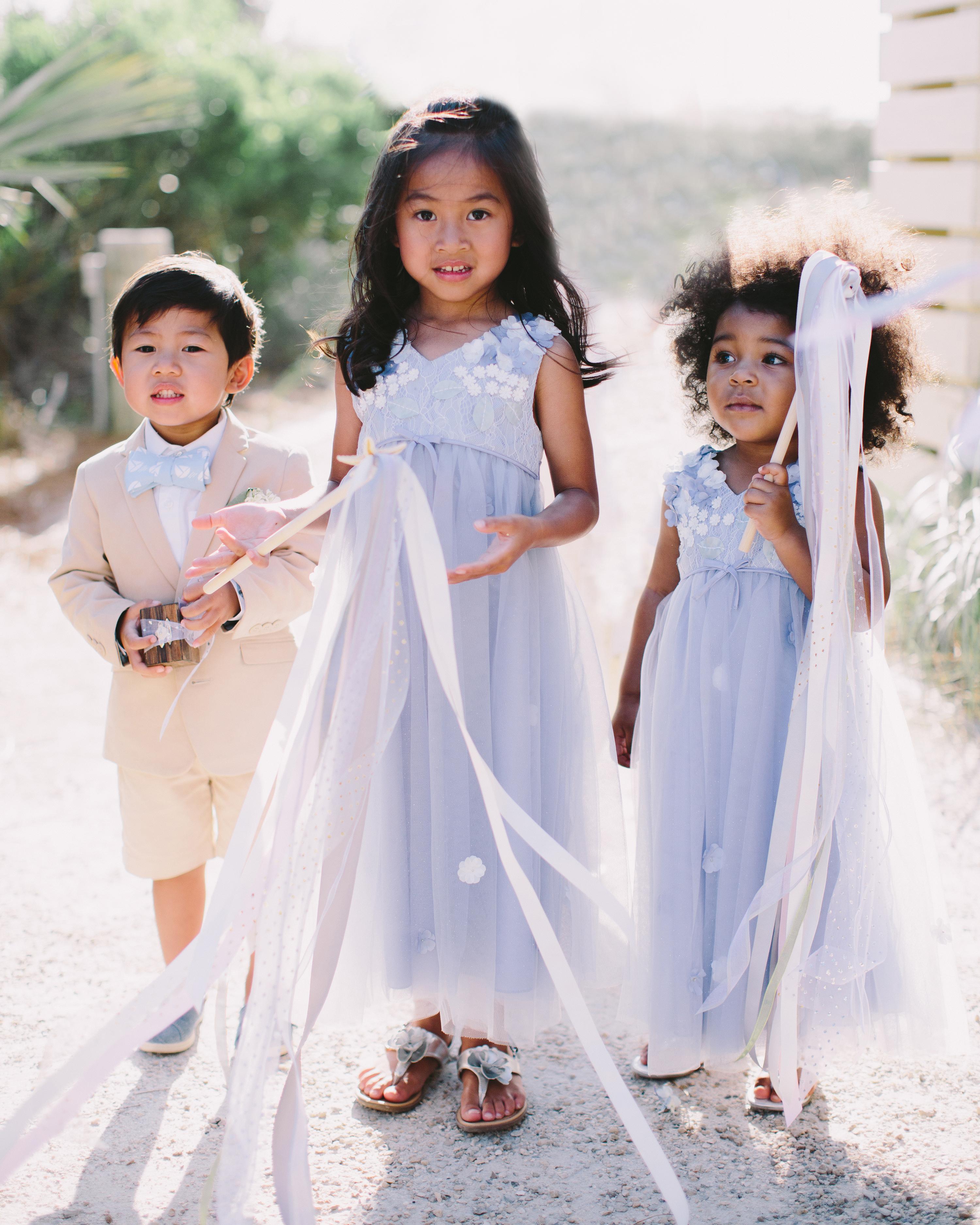 teresa-amanda-wedding-kids-9709-s111694-1114.jpg