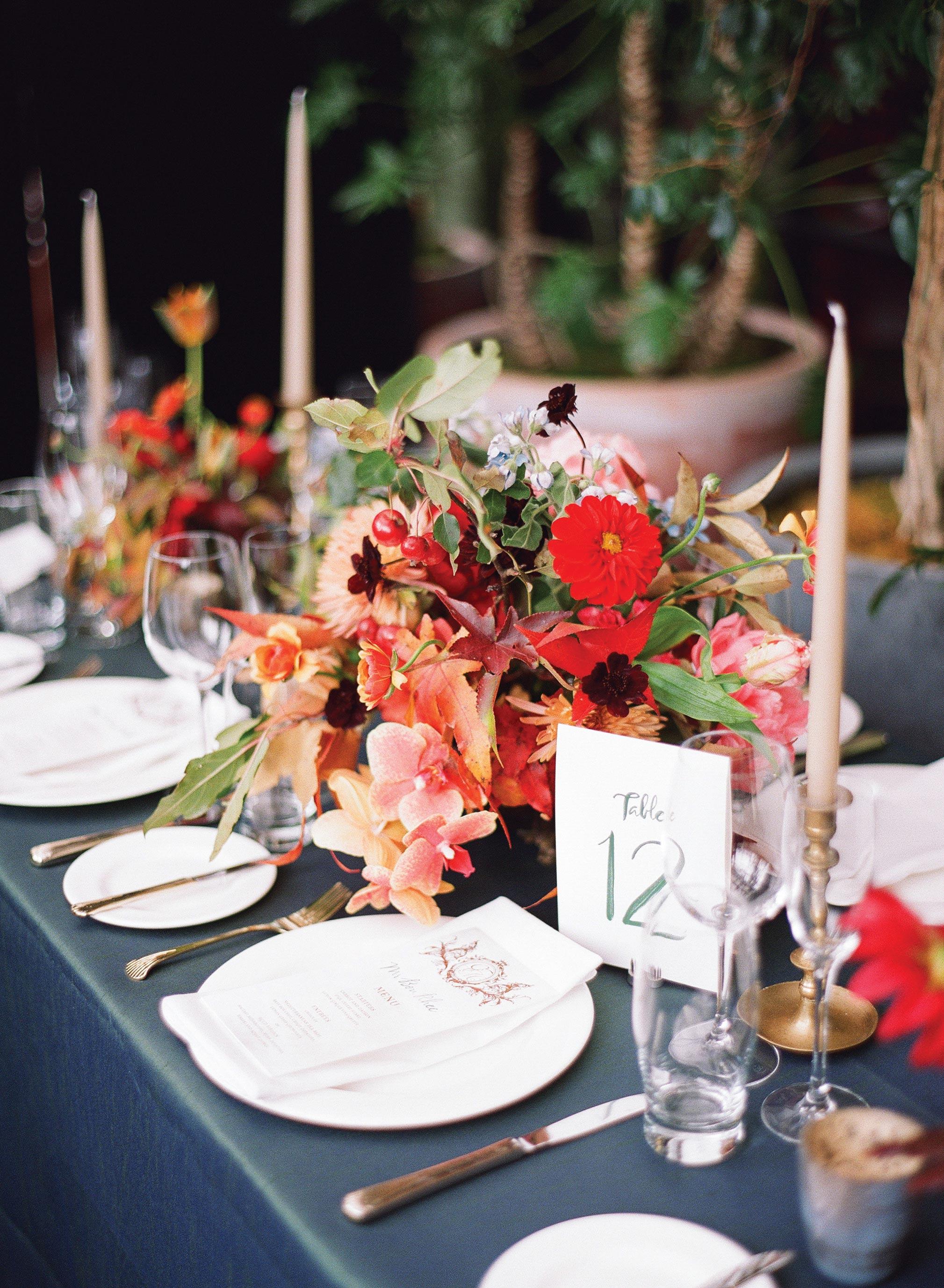 glara matthew wedding table setting centerpiece