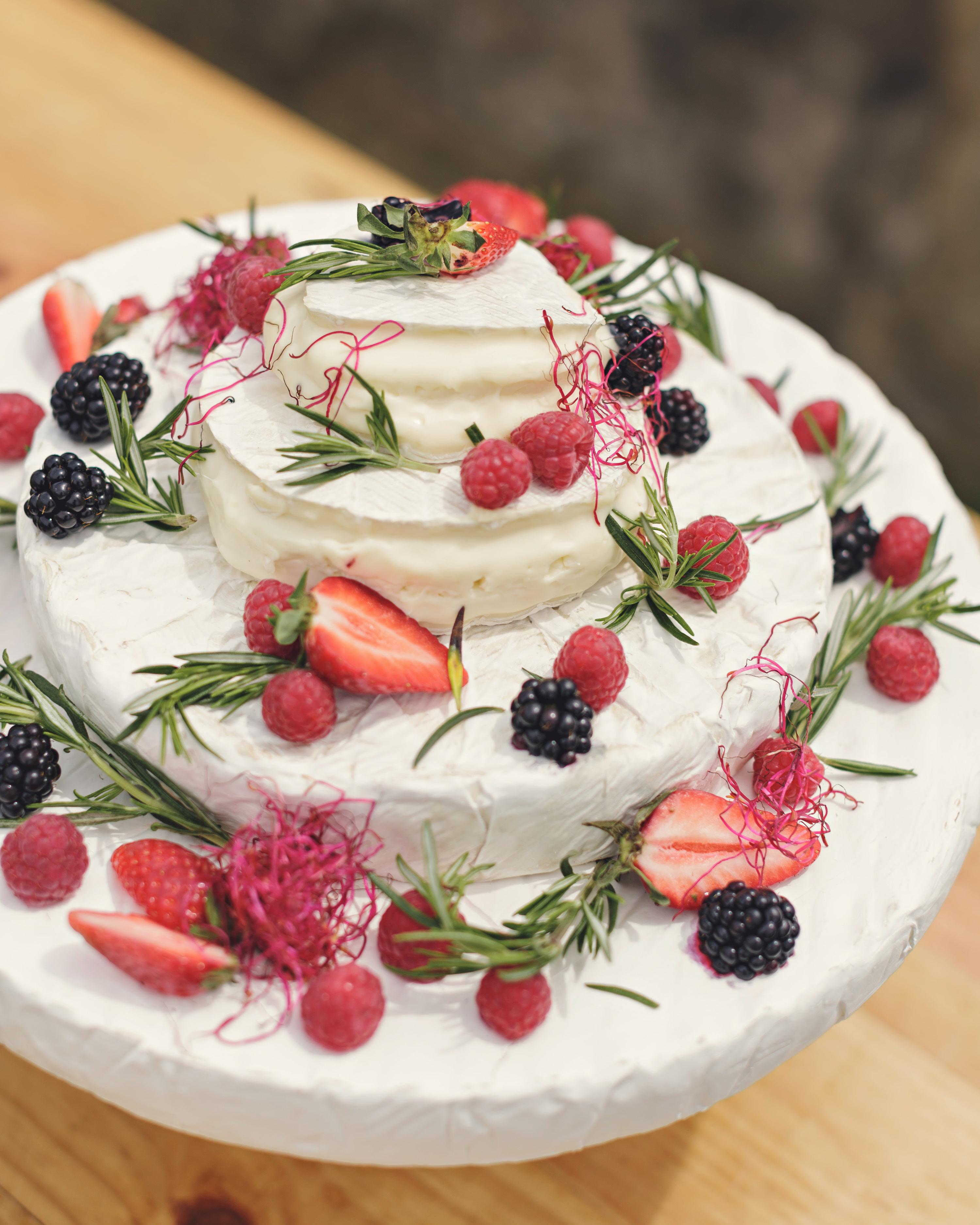 anna-ania-wedding-cake-0432-s112510-0216.jpg