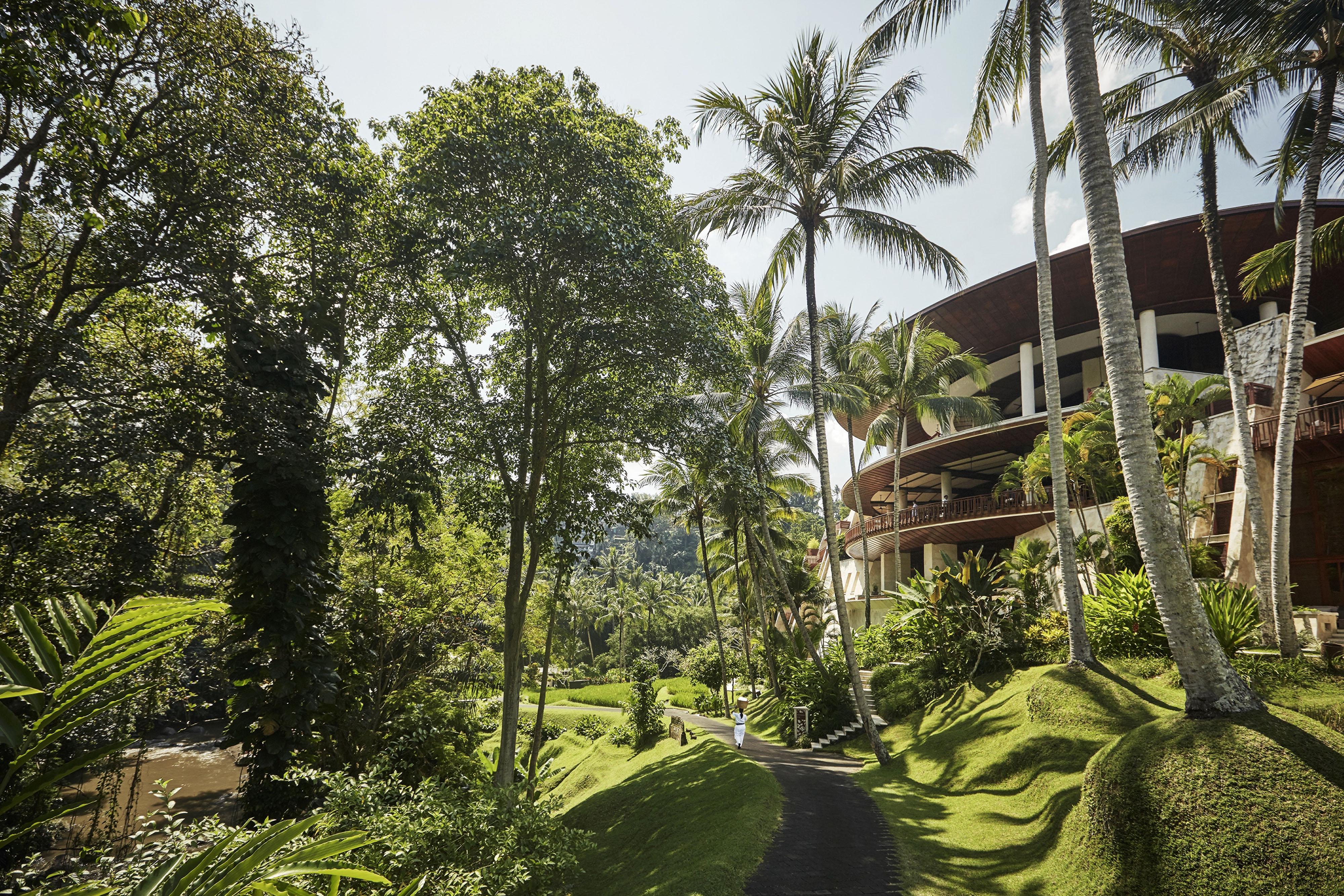 best places for honeymooners four seasons bali