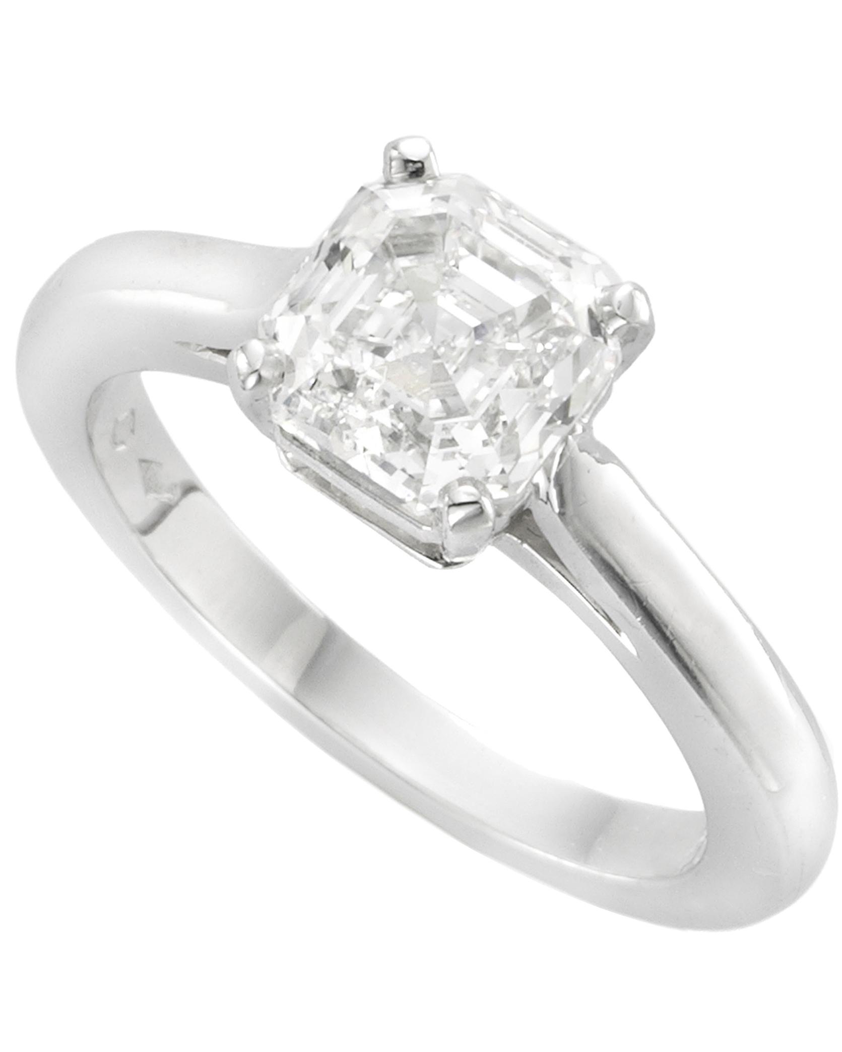 Asscher Cut Diamond Engagement Rings
