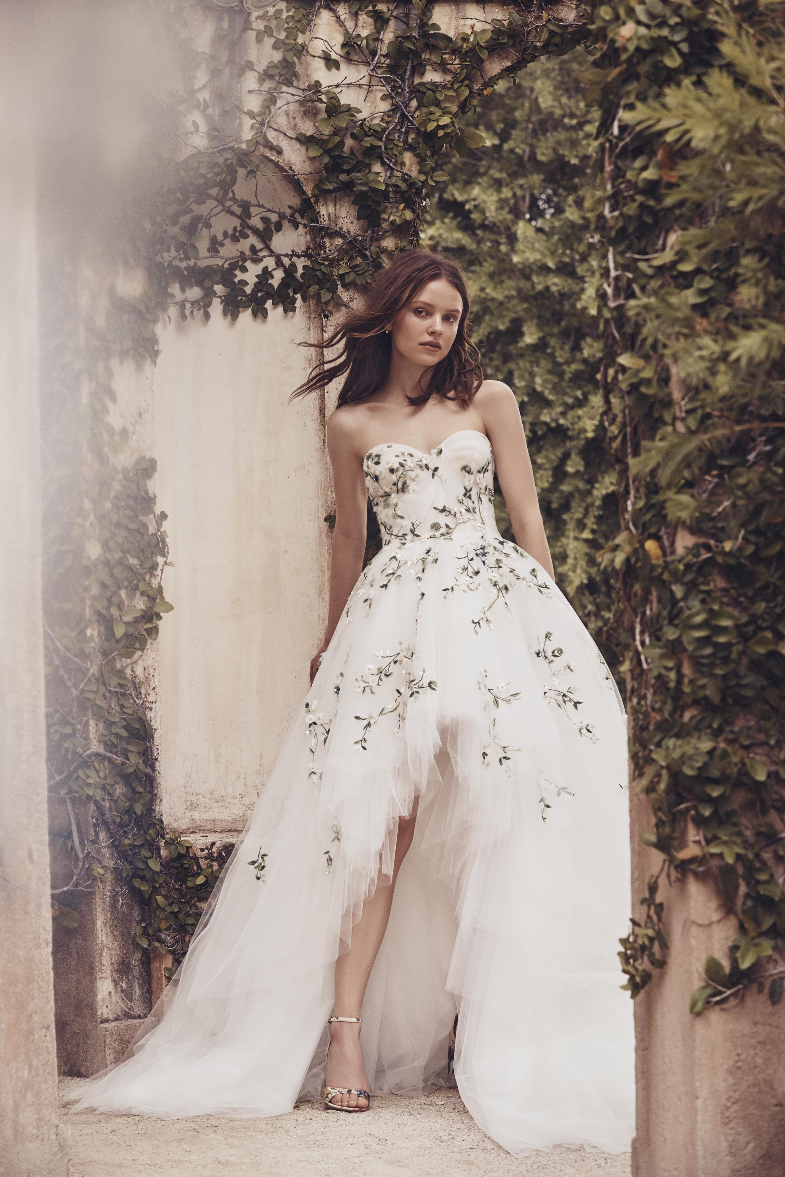 high-low floral applique semi-sweetheart Monique Lhuillier Spring 2020
