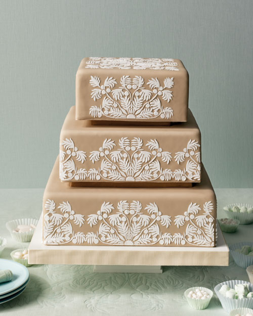 Hawaiian Quilt-Inspired Wedding Cake