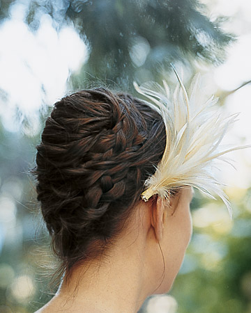 wma101773_spr06_featherhair.jpg