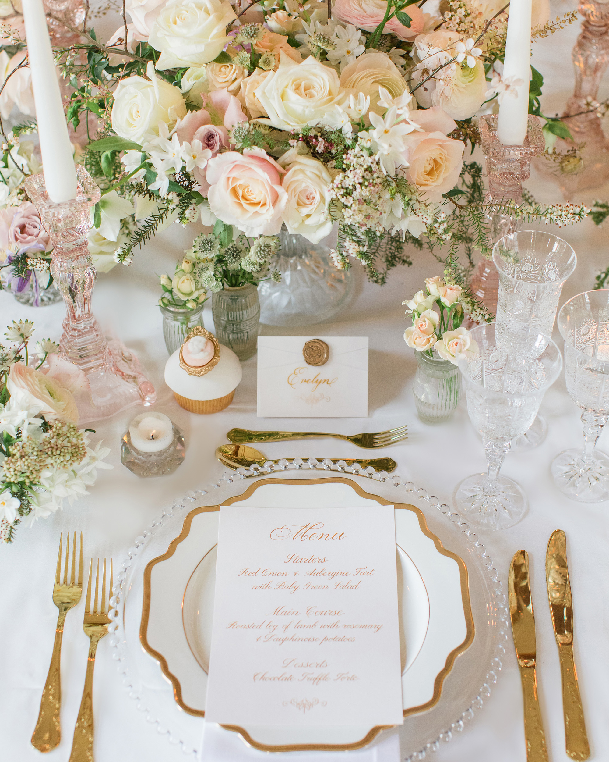 glamorous wedding ideas elevated centerpiece table setting